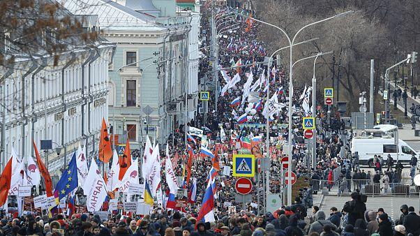 Putyin hatalomban maradása ellen tüntettek a Nyemcov-gyilkosság évfordulóján