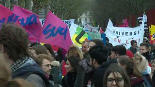 Streikende Menschen in Frankreich