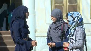 Les Afghans saluent l'accord de Doha, un compromis national reste à trouver