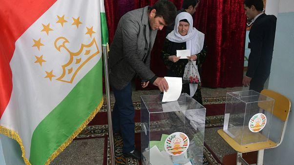 آغاز انتخابات مجلس در تاجیکستان
