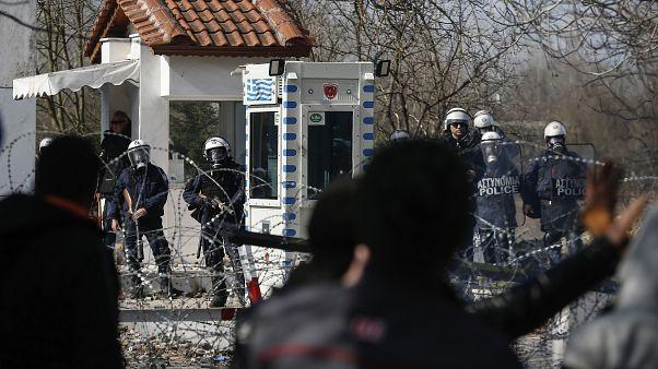 """الأمم المتحدة تدعو اليونان إلى تجنّب القوة """"المفرطة"""" في مواجهة المهاجرين"""
