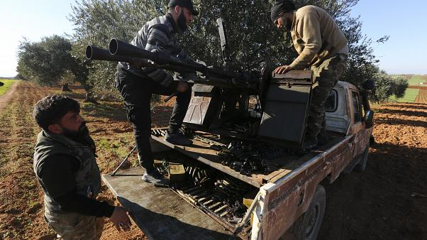 Türkiye destekli muhalif savaşçılar. Serakib / İdlib