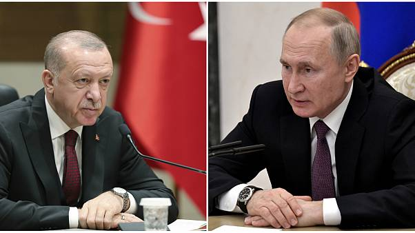 الرئيس الروسي فلاديميير بوتين (يمين) والرئيس التركي رجب طيب إردوغان (يسار)