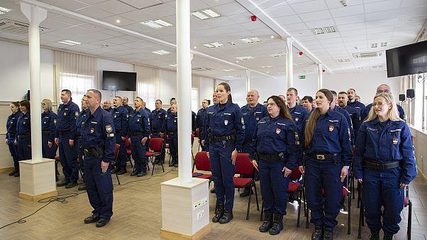 Megerősítik a balkáni országok határvédelmét, újabb magyar rendőri kontingens indult útnak