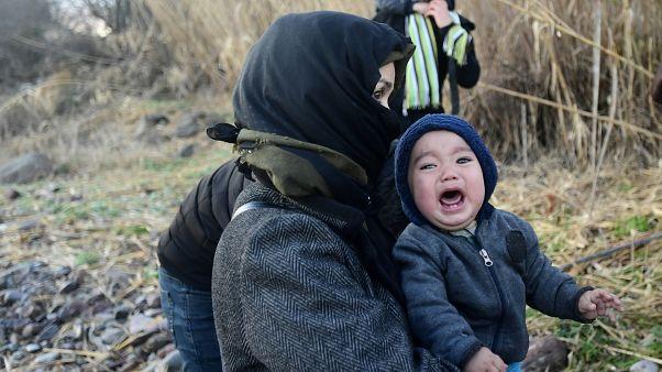 ویدئو؛ واکنش خشمآلود ساکنان جزیره لسبوس به ورود پناهجویان به یونان