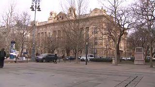 Венгрия обязала банки внедрить систему мгновенных платежей