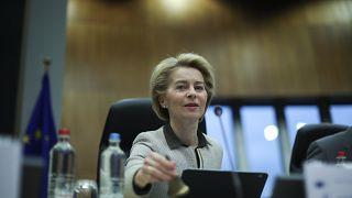 """Gabinete de crise sobre Covid-19, face a risco """"moderado a alto"""""""