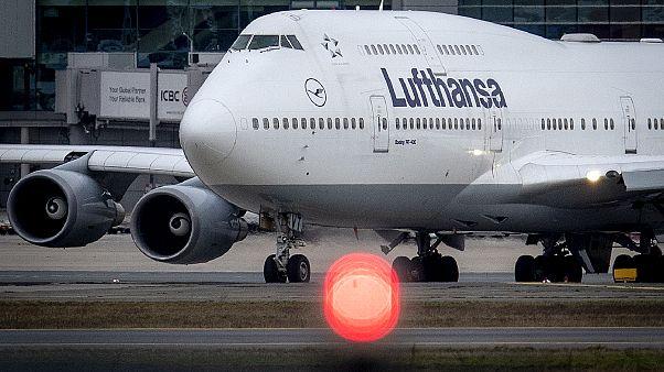 مطار فراكفورت يعد من أكثر مطارات أوروبا نشاطاً والقاعدة الأساسية للناقل الألماني لوفتهانزا