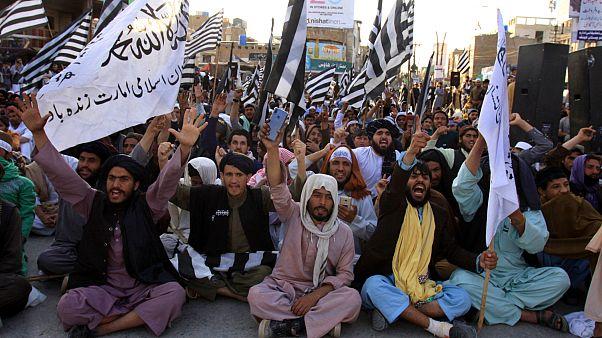 Taliban, Afgan güçlerine karşı başlatılan kısmı ateşkesi sonlandırdı