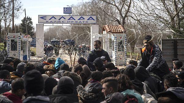 BM: Yunanistan'ın sığınma başvurularını askıya alma kararı hukuksuz
