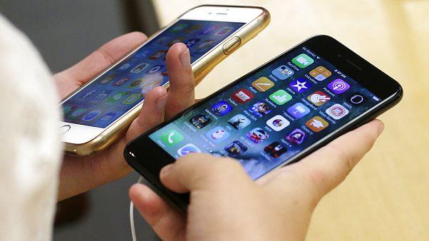 Lentidão nos iPhones leva Apple a pagar aos clientes