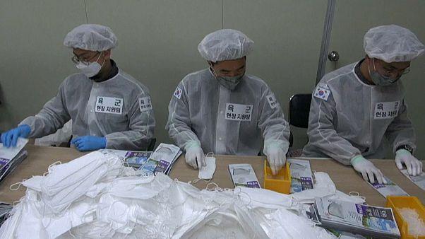 Coronavirus : en Corée du Sud, les militaires en renfort pour doper la production de masques
