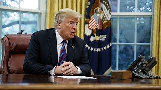 """ترامب يتصل بزعيم حركة طالبان السياسي ويقول: """"الحديث كان جيداً جداً"""""""