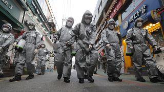 Koronavírus: egyre mélyebben Európában