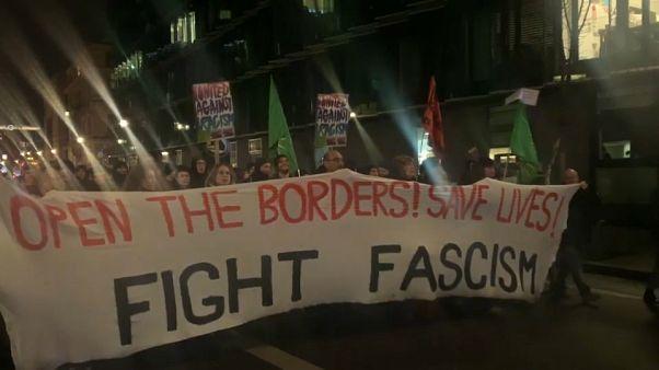 Βερολίνο: Διαδηλωτές φώναξαν «Ανοίξτε τα σύνορα»