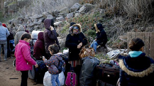 Yunanistan'ın Midilli Adası'na giden sığınmacılar