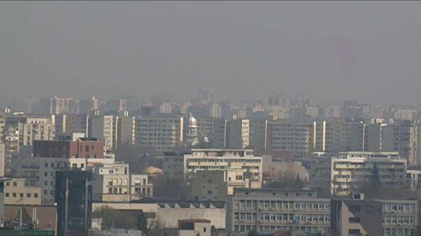 Elviselhetetlen bűz, szmogriadó Bukarestben