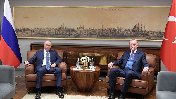 Erdogan y Putin negociarán sobre el alto al fuego este jueves en Moscú
