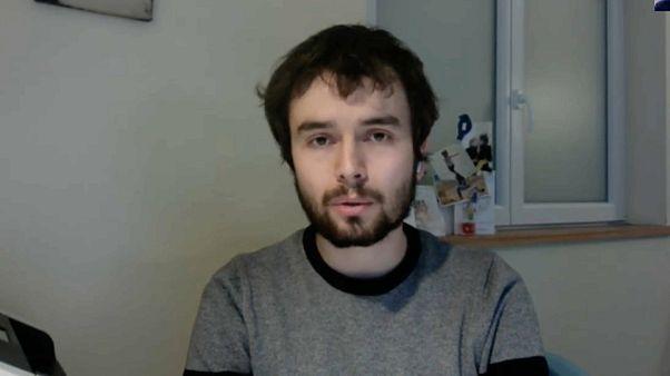 "Coronavirus : ""Il faut garder calme et sérénité"" explique un médecin français contaminé"