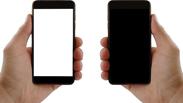 في زمن كورونا .. كيف تنظف هاتفك؟