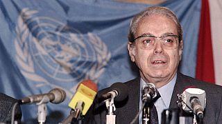 خاویر پرز دکوئیار، دبیر کل سازمان ملل در دوران جنگ ایران و عراق درگذشت