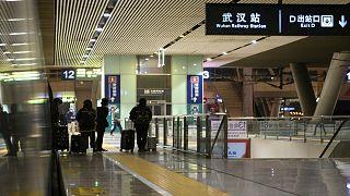 محطة ووهان للقطارات في الصين