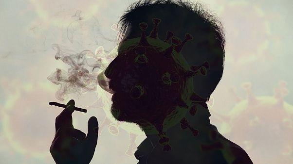 هشدار کارشناسان؛ افراد سیگاری بیشتر در معرض خطر ویروس کرونا هستند