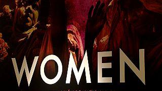 'WOMEN', un siglo de logros y desafíos para las mujeres en fotos