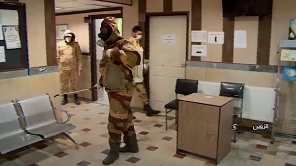 شیوع ویروس کرونا در ایران؛ ارتش به خیابان آمد