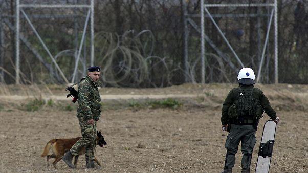 تجددُ الصدامات بين المهاجرين وشرطة اليونان عند الحدود مع تركيا