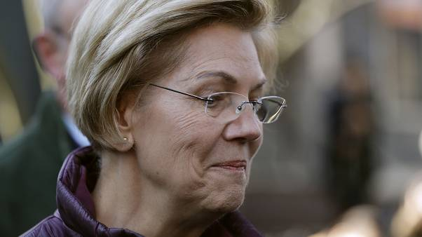 Warren visszalépett