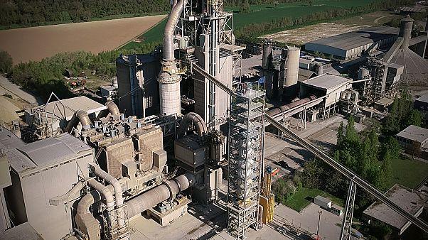 Weniger CO2-Ausstoß in der Baustoff-Industrie