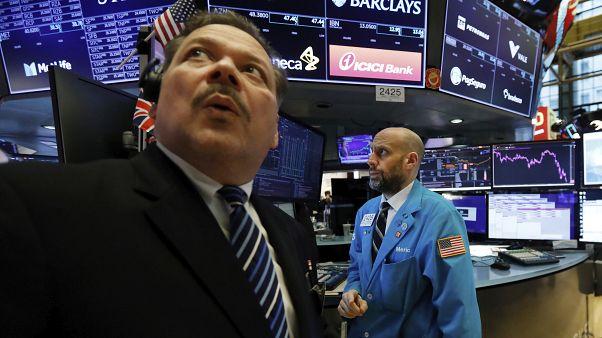 Νέα βουτιά για τις διεθνείς χρηματαγορές εξαιτίας του COVID-19