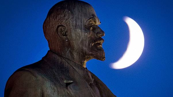Court approves statue of Soviet leader Lenin in Germany
