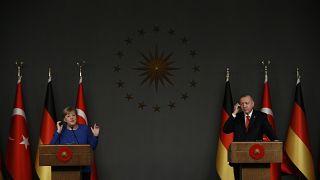 Cumhurbaşkanı Erdoğan, Almanya Başbakanı Merkel ile telefonda görüştü