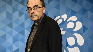 ARCHIV Kardinal Philippe Barbarin arrives for a press conference  in Lyon,