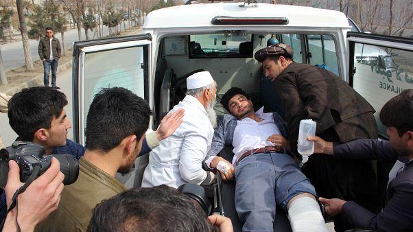 Afganistan'ın başkenti Kabil'de roketli ve silahlı saldırı
