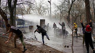 Calma en la frontera entre Grecia y Turquía tras los disturbios del sábado