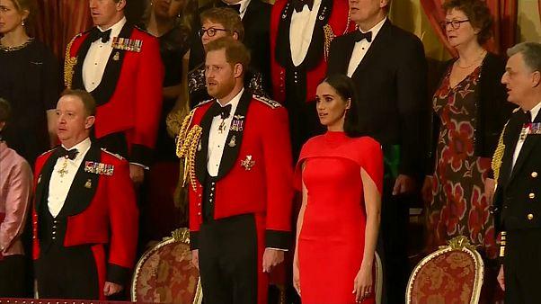 Enrique y Meghan participan en sus últimos actos como miembros de la familia real británica
