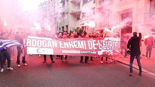 Paris'te Erdoğan protestosuna 24 saatlik gözaltı