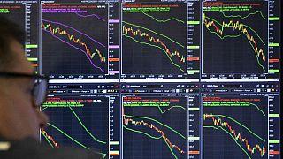 ثبت بزرگترین سقوط قیمت نفت در ۲۹ سال گذشته؛ طلای سیاه تا کجا افت میکند؟