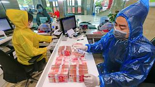 Banknot ve madeni paradan koronavirüs bulaşır mı?