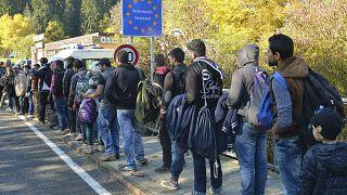 Almanya'da sığınmacılar ne kadar maaş alıyor?