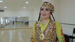 """Usbekischer Tanz """"Lazgi"""": Erzittern vor Liebe und Zuneigung"""