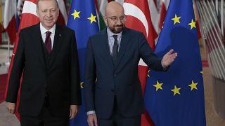 UE sublinha importância do acordo assinado com Turquia