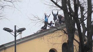Pánik az olasz börtönökben