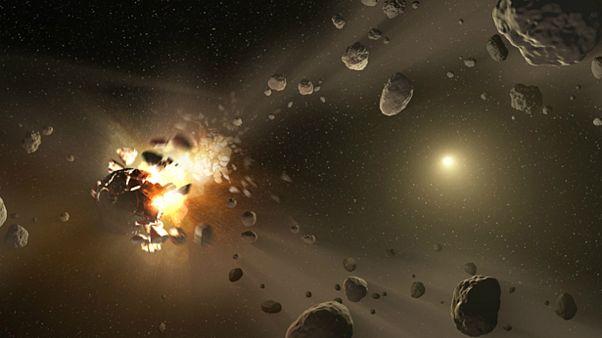 آیا سیارک ماه مارس زمین را نابود میکند یا میتوان منحرف و منفجرش کرد؟