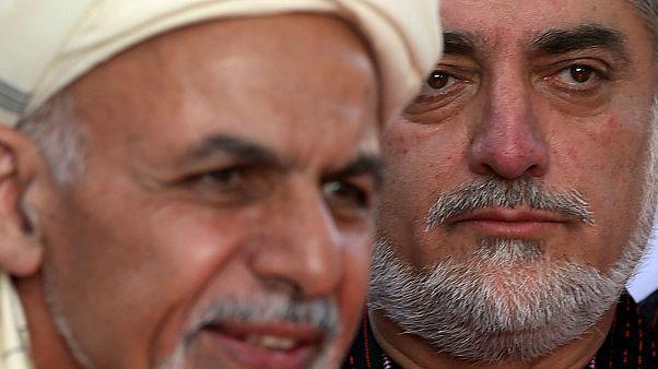 بازی تاج و تخت در کابل؛ آمریکا و طالبان سوگند ریاست جمهوری غنی و عبدالله را مضر خواندند