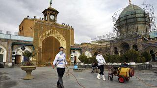 İran'da 63 kişi daha koronavirüs nedeniyle hayatını kaybetti, can kaybı 354'e yükseldi