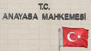 Anayasa Mahkemesi OHAL ilave tedbirlerine karşı başvurunun önünü açtı